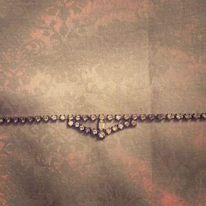 Jewelry - Rhinestone antique necklace